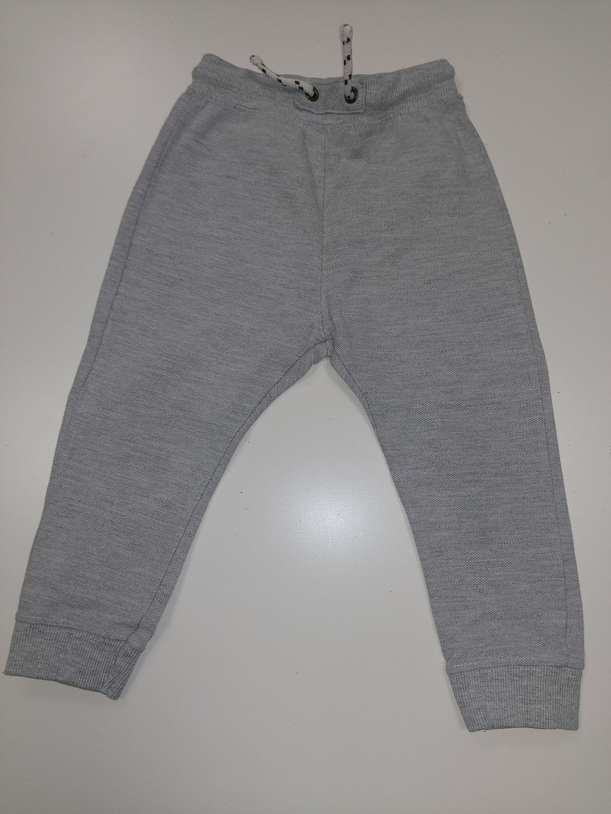 Zara Babyboy pantalone tuta grigio 18/24mesi € 7,90 13964