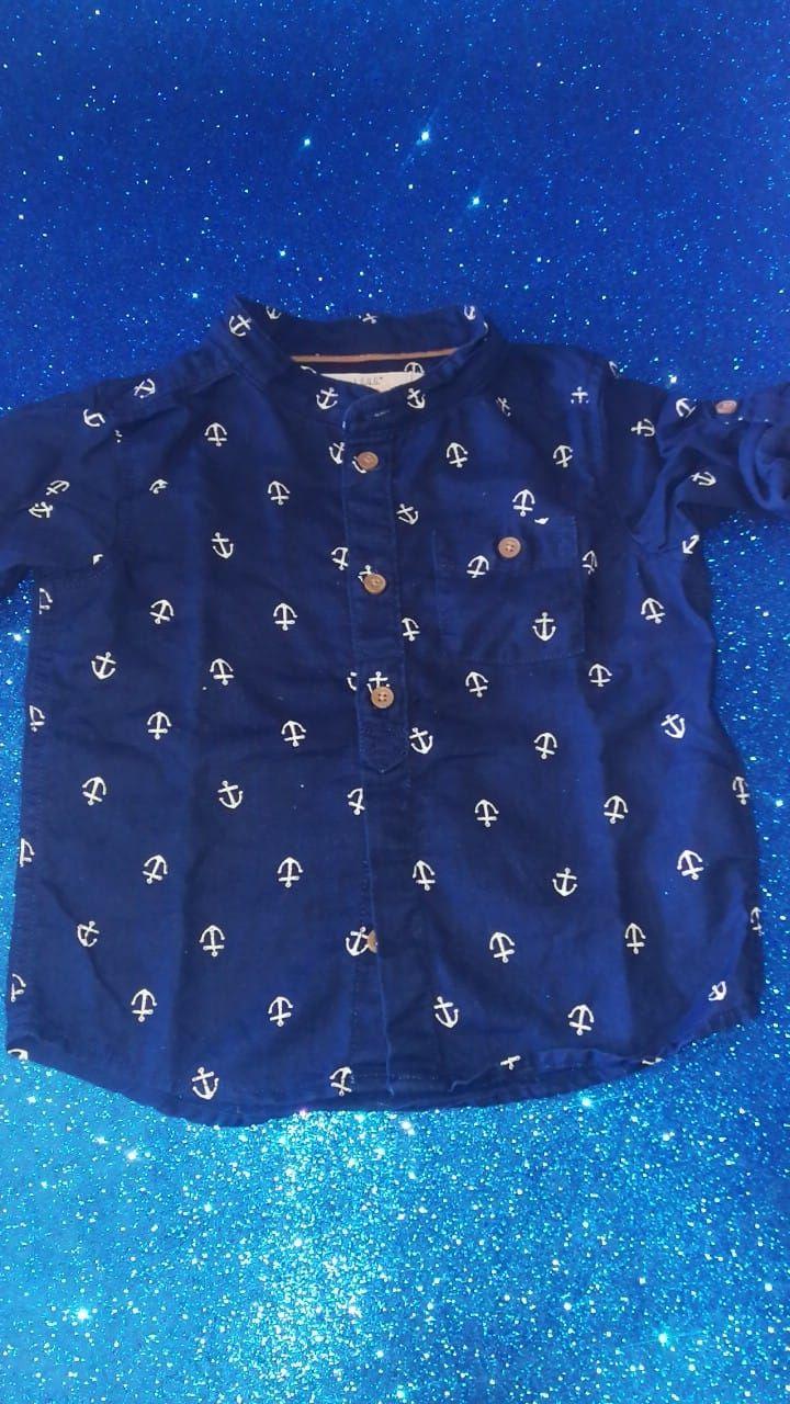 Camicia in lino  Veste un 12 mesi abbondante Si può usare sia a maniche lunghe che corte  € 4,70 056
