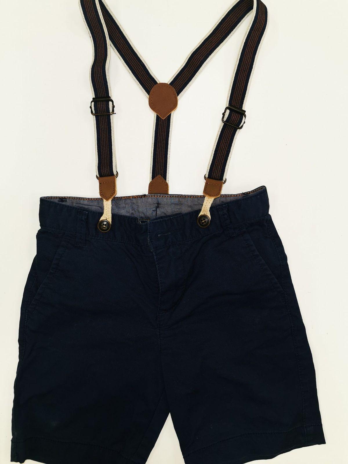 Pantaloncino corto con bretelle 2/3 anni € 8.90 10523
