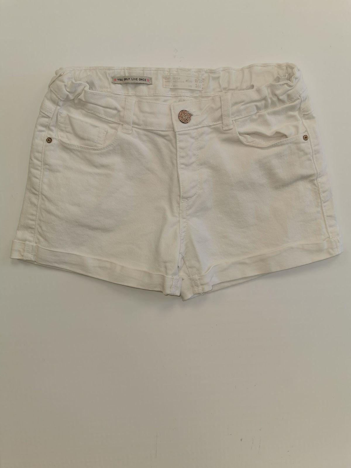 13313. Zara pantaloncino bianco 9/10 anni Euro 6,90
