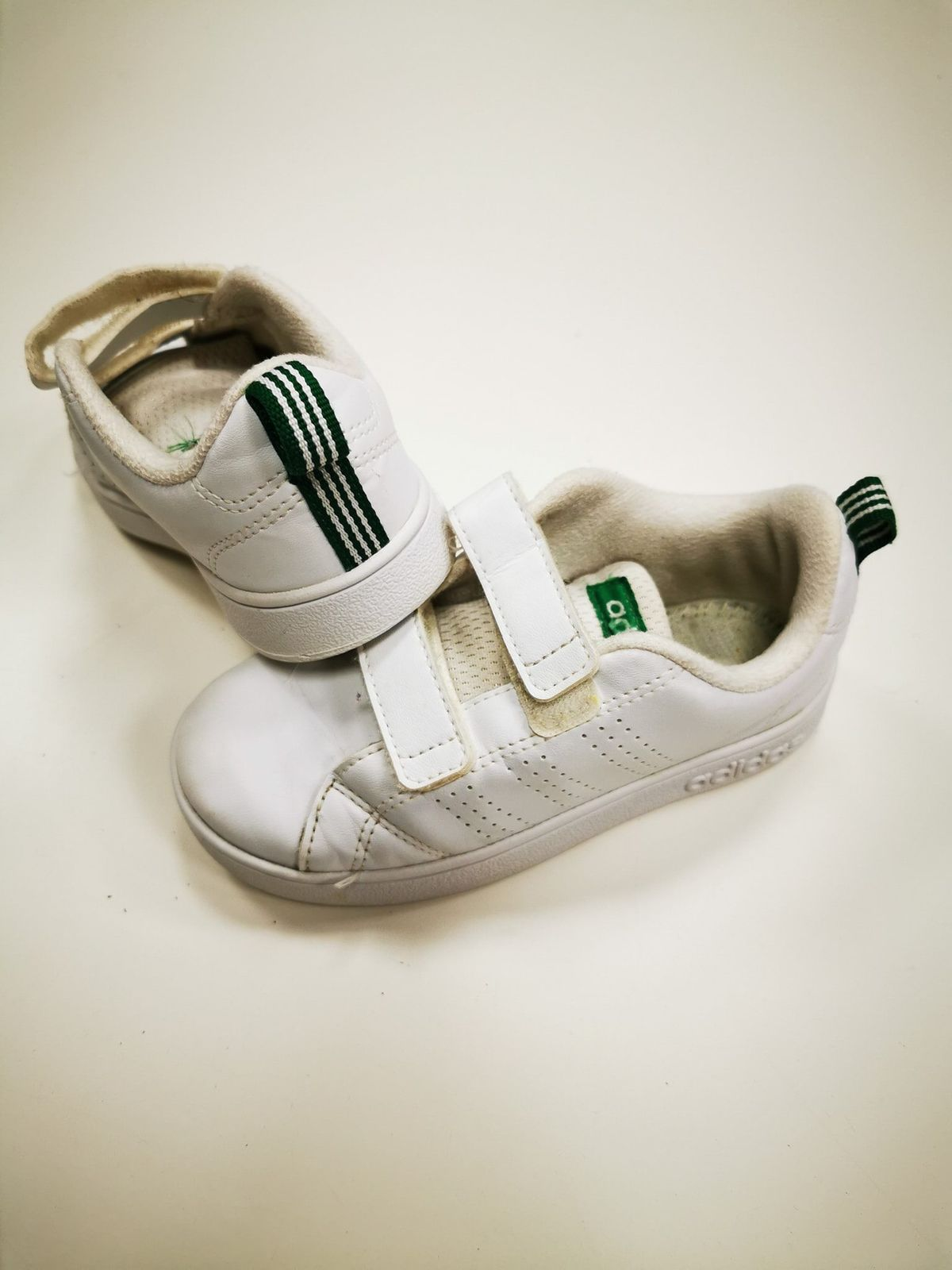 Adidas bianche N 27 11645 Euro 15,00