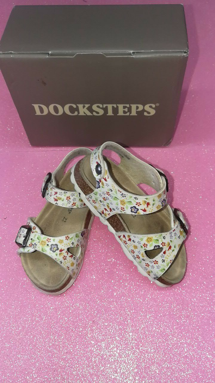 Docksteps N 22  Cm interno 13,5 piede reale non tot  € 10,00 002