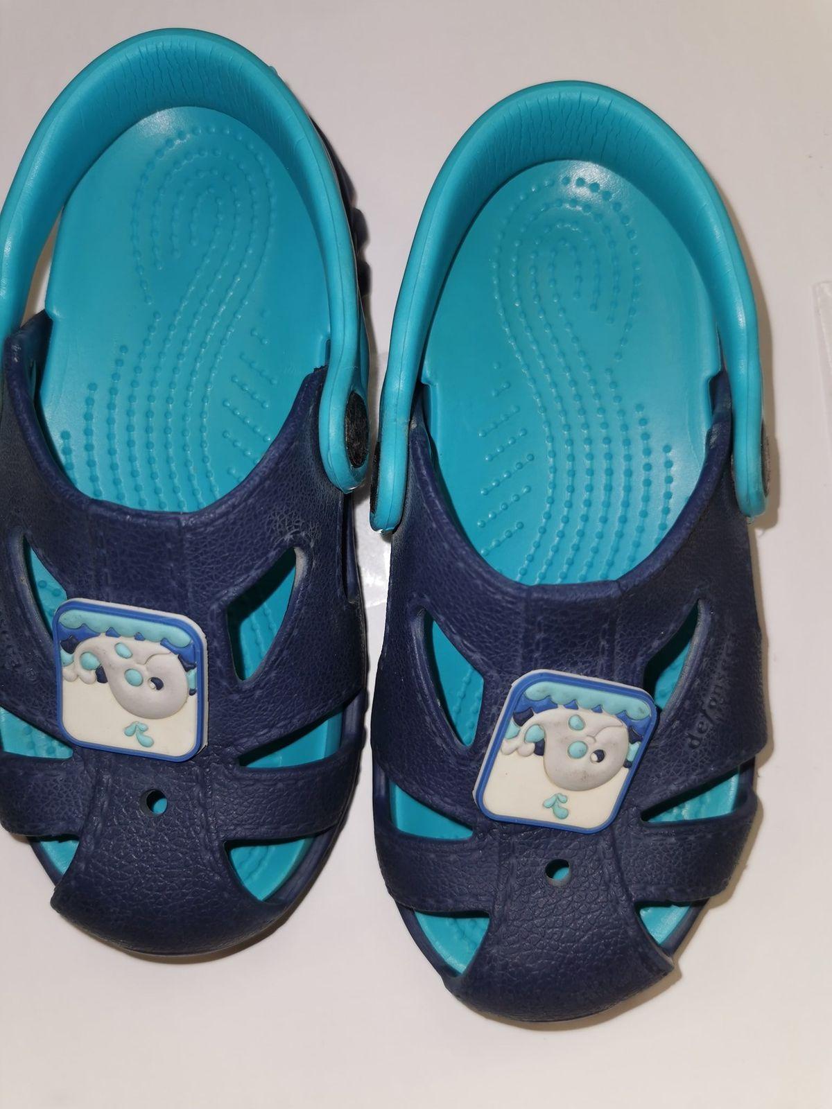 N 27.   12639 Sandalo da mare € 5.00