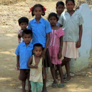 India. Percorsi di crescita e autonomia per i bambini e le bambine tribali - MAGIS