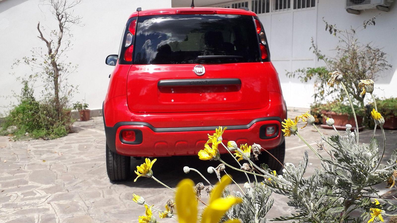 Fiat Panda City-Cross 1.2 69CV EURO 6d S&S, sensori, €. 11.900,00