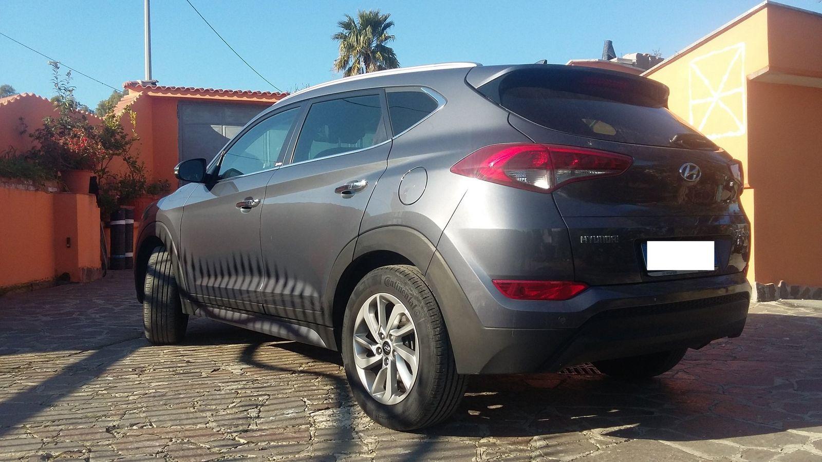 Hyundai Tucson 1.7 CRDi XPossible condizioni pari al nuovo