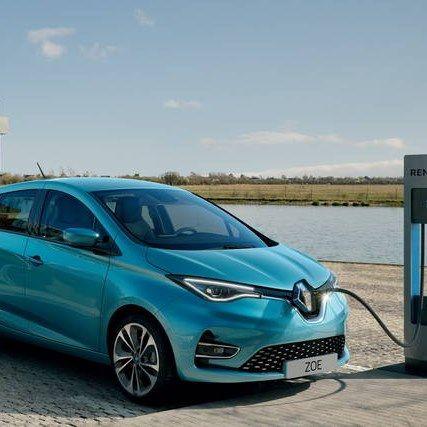 Auto elettriche: sconto del 40% per Isee sotto ai 30.000 euro